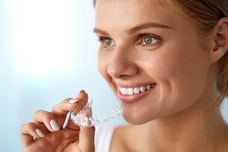 Como Fazer Clareamento Dental
