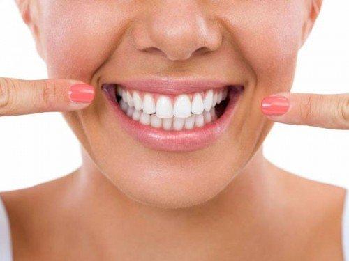 Dentes Com Clareamento